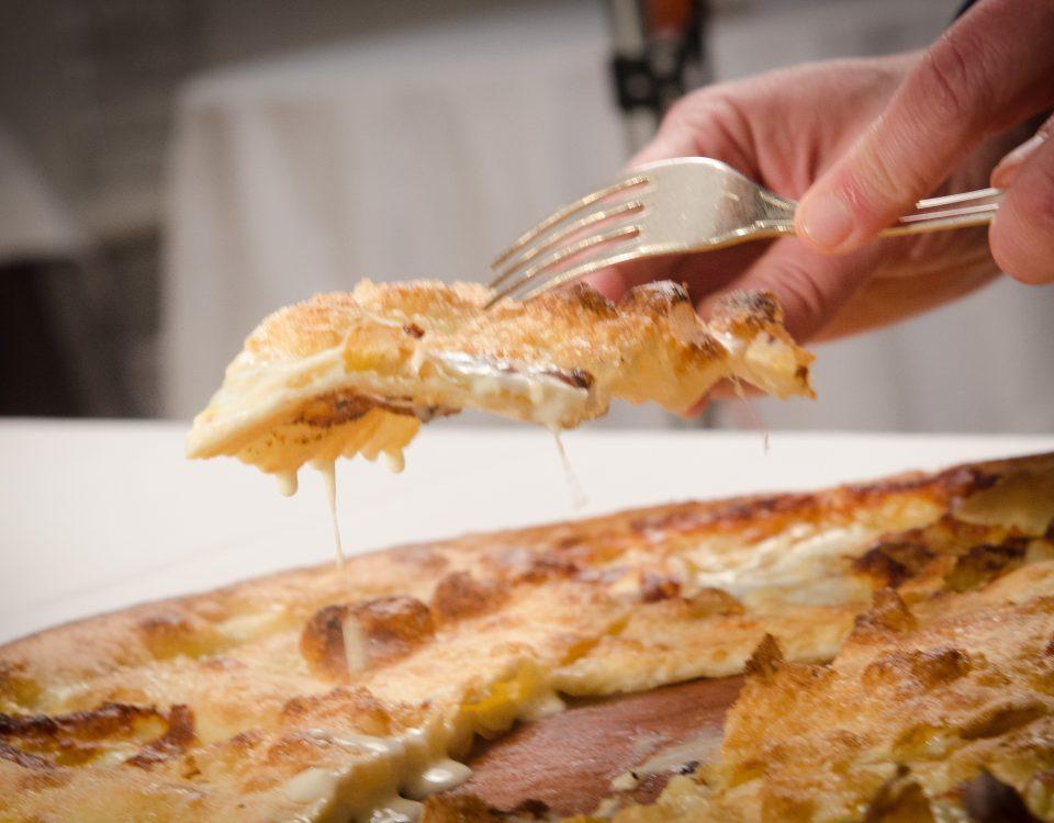 Focaccia col formaggio Manuelina